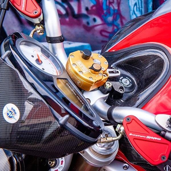 Карбонов тунинг пакет за мотор Augusta F4 Brutale Магазин Carbon Touch
