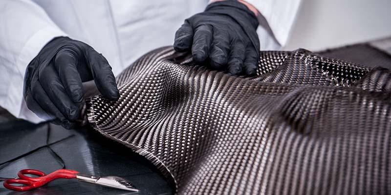 Ръчно формоване карбон